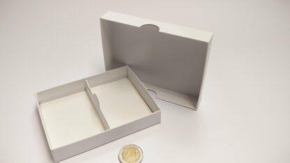 kaartdoosje karton 120x90x20mm bodem-deksel - open met scheiding leeg
